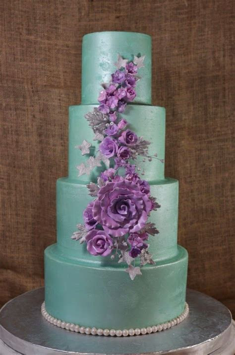 Best 20  Lavender wedding cakes ideas on Pinterest