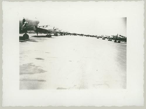 Twin engine aircraft