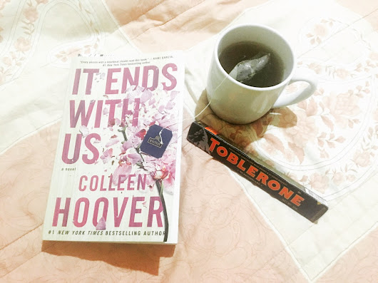 It Ends With Us by Colleen Hoover (Book Review)