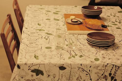 dinner table, waiting