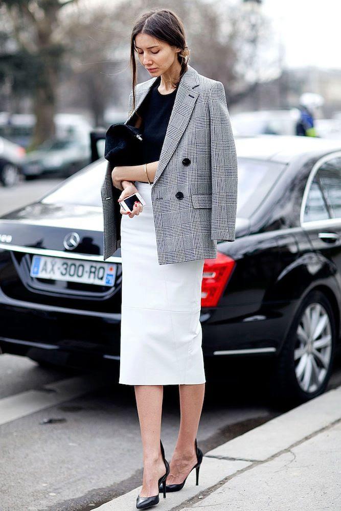 Le Fashion Blog -- Paris Street Style: Black And White Workwear Inspiration -- Checked Blazer, White Leather Skirt & Black Pumps -- Via Vogue Mexico photo Le-Fashion-Blog-Paris-Street-Style-Black-And-White-Workwear-Inspiration-Checked-Blazer-White-Leather-Skirt-Via-Vogue-Mexico.jpg