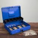 Cash Box Locking Steel Petty Cash Safe with Coin Tray and Spring-Loaded Money Clips for Yard Sale, Market and Concession Stand by Stalwart (Blue)