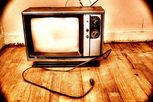 4 Ways Twitter is Socializing TV
