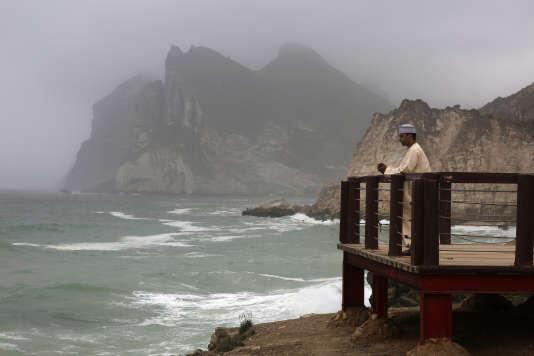 La plage d'Al-Mughsayl, au sud du sultanat d'Oman.