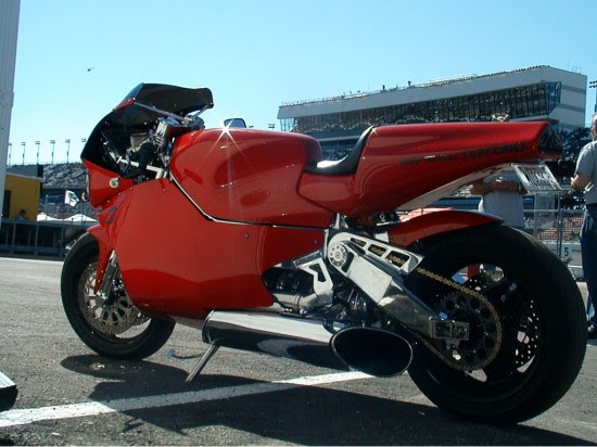 MTT Turbine Superbike Y2K 550x412 Top 10 Fastest Super Bikes of 2012
