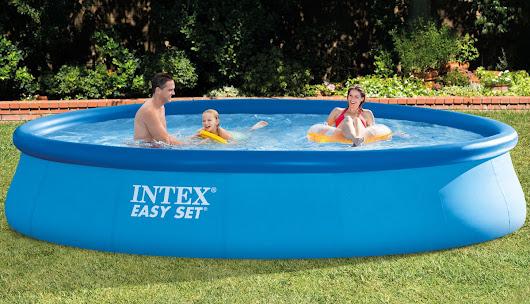 Maison piscine et jardin google for Entretien piscine nice