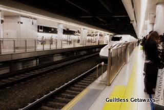 bullet-train-arrive-approach.jpg