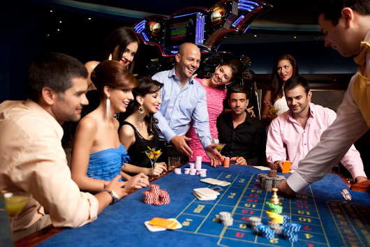 Entertainment Team | Professional Casino Parties and DJ Services
