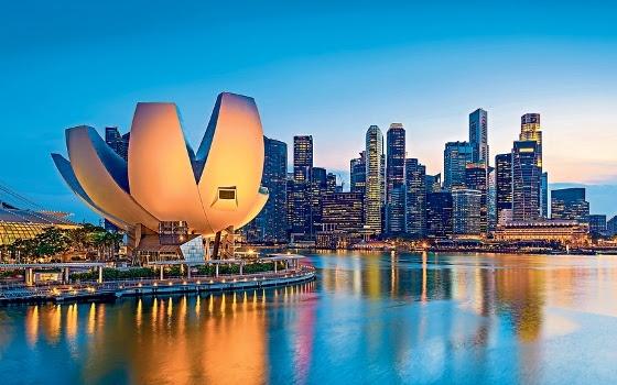 Singapore, Đảo quốc Sư tử, Du lịch, Cấm hút thuốc, Bán hàng rong, Lý Quang Diệu, Lý Hiển Long