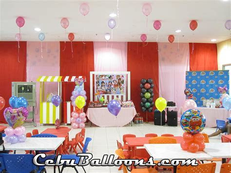 Balloon Decors   Party Favors Ideas