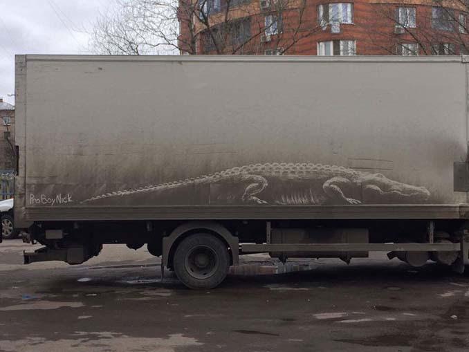 Ο Nikita Golubev μετατρέπει σκονισμένα οχήματα σε απίστευτα έργα τέχνης (1)