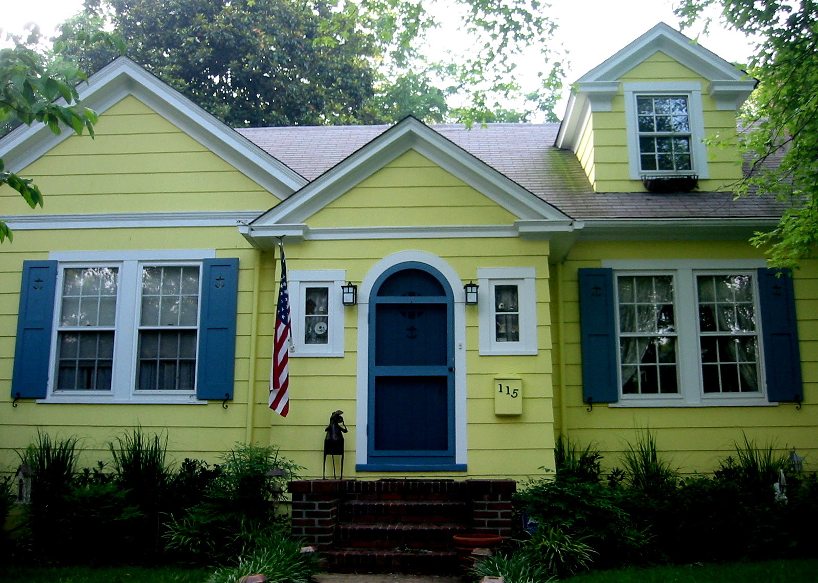 Yellow house, blue shutters, Homewood   Flickr - Photo Sharing!