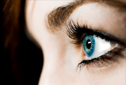 Eyelash Facts - Weird Facts and History About Eyelashes