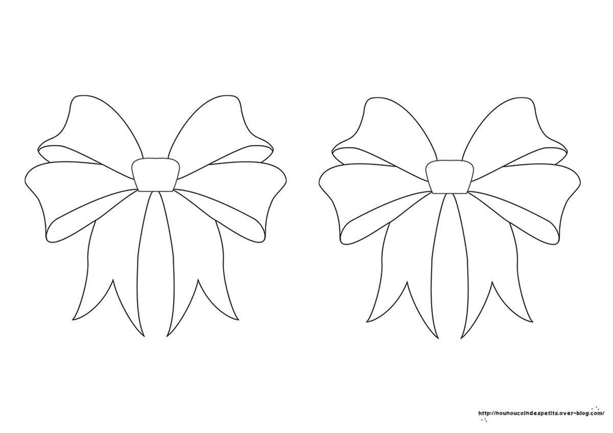 15 coloriage couronne de noel a imprimer haut coloriage. Black Bedroom Furniture Sets. Home Design Ideas