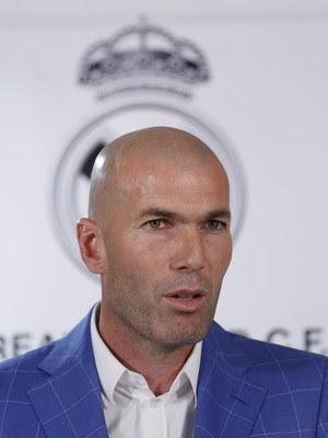 Zidane novo técnico apresentação Real Madrid (Foto: Juan Medina / Reuters)