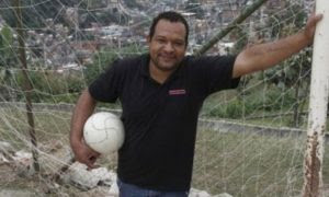 Cláudio Nascimento atribui assassinato de Guinha à homofobia de traficantes