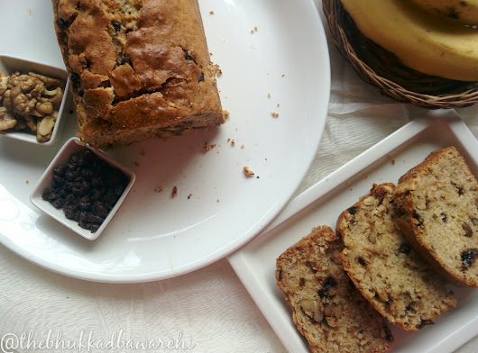 Banana Bread with Chocolate and Walnuts (Eggless)