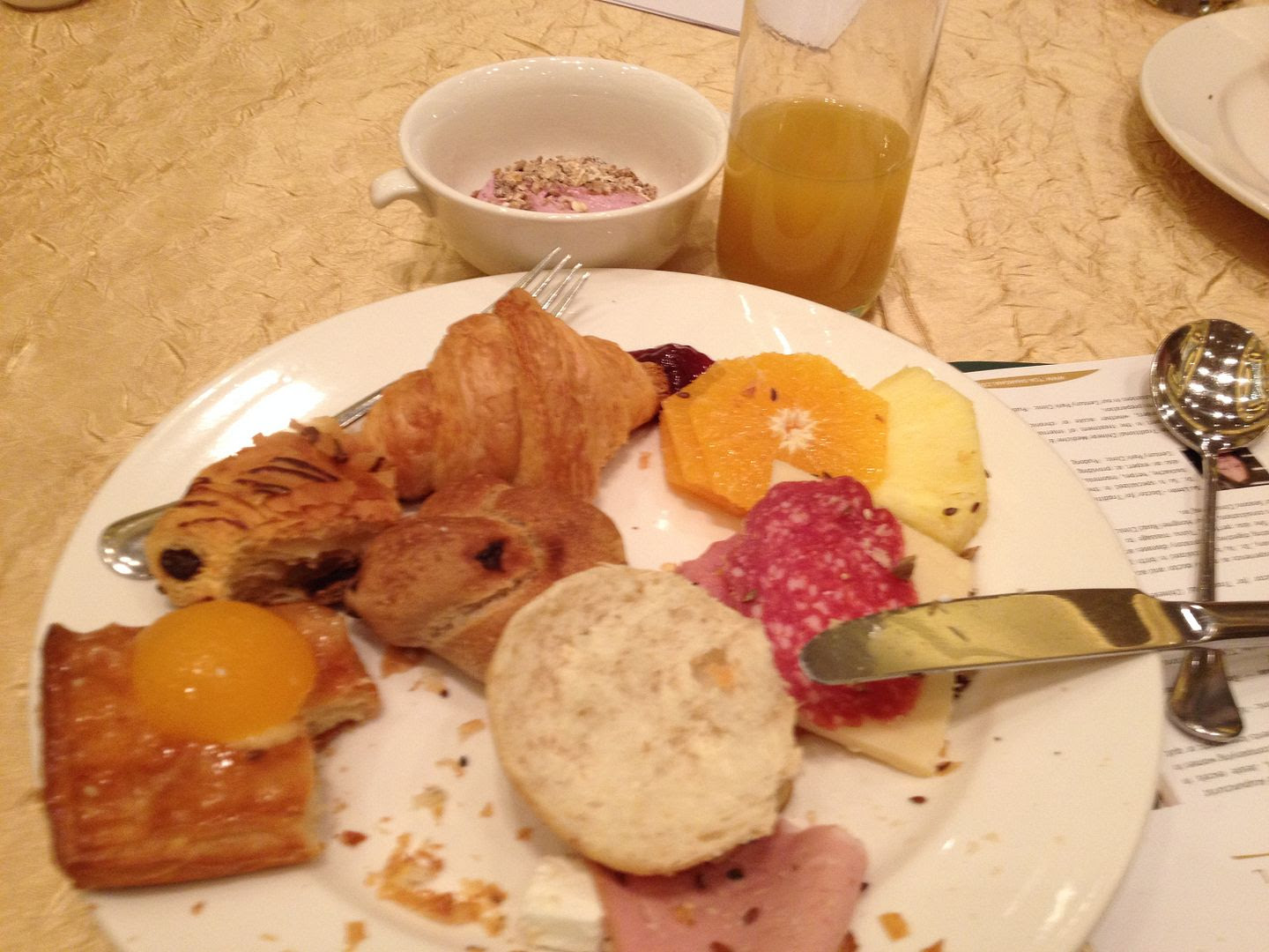 German Breakfast photo 2013-11-25103918_zps6a9eee58.jpg