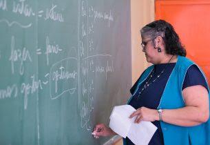 Professores que querem atuar no modelo integral de SP têm até dia 6 para fazer inscrição