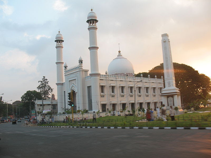 File:Palayam Mosque.jpg
