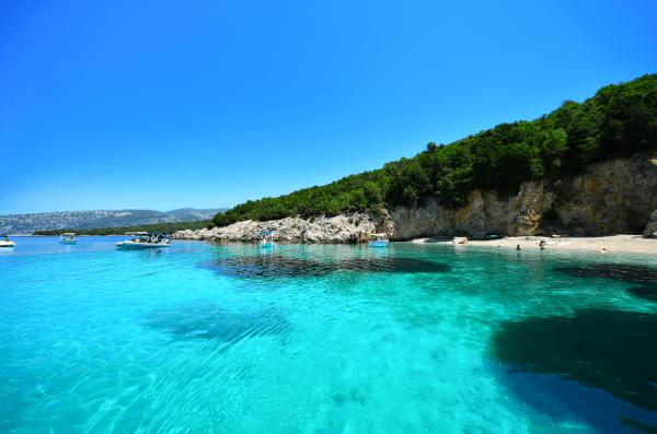Φύγαμε για Σύβοτα: Δροσιστικές βουτιές στην Καραϊβική της Ελλάδας!
