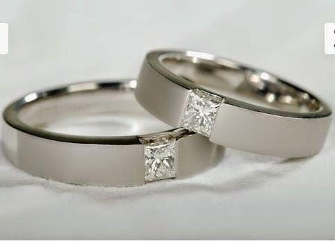 Berlian merupakan salah satu jenis batu mulia yang harganya dibanderol dengan sangat tinggi. Lagi Tren Harga Cincin Berlian 1 Gram - Ide Perhiasan Cantik