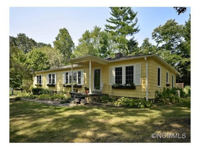1115 Willow Rd, Hendersonville, NC 28739  Home For Sale and Real Estate Listing  realtor.com\u00ae