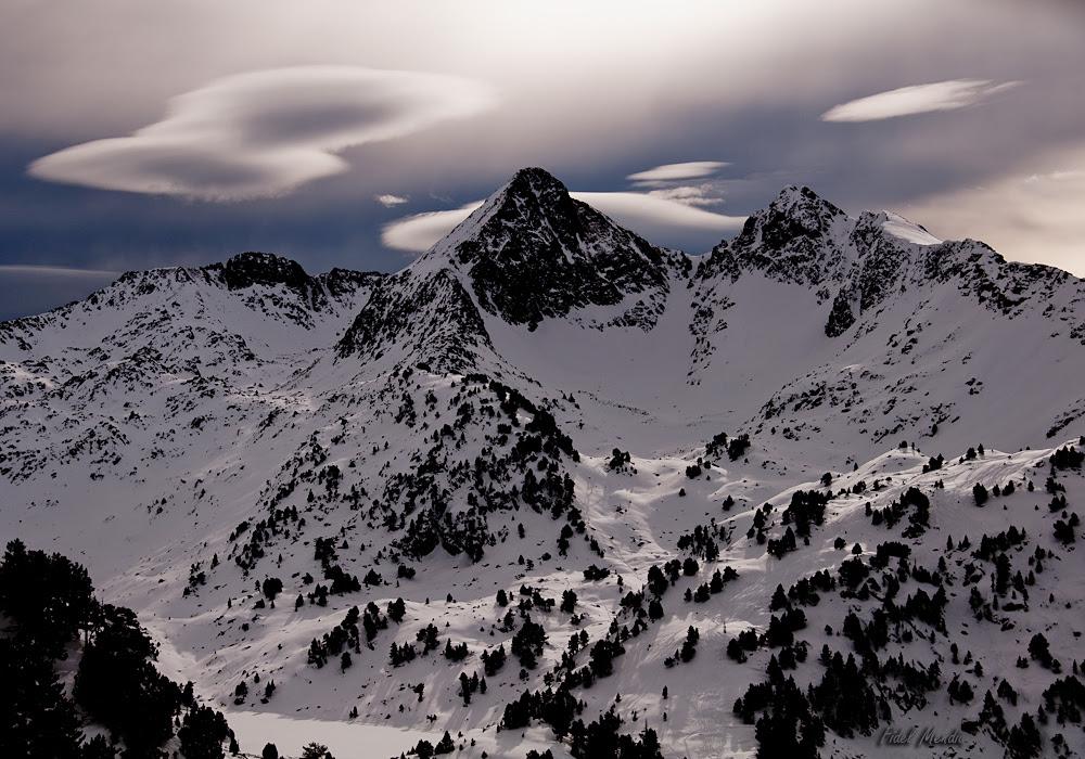 nubes y montañas de aran