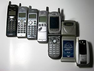 Mobile phone evolution (Japan 1997-2004)