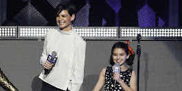 Katie Holmes and Suri Cruise Introduced Taylor Swift at the iHeartRadio Jingle Ball