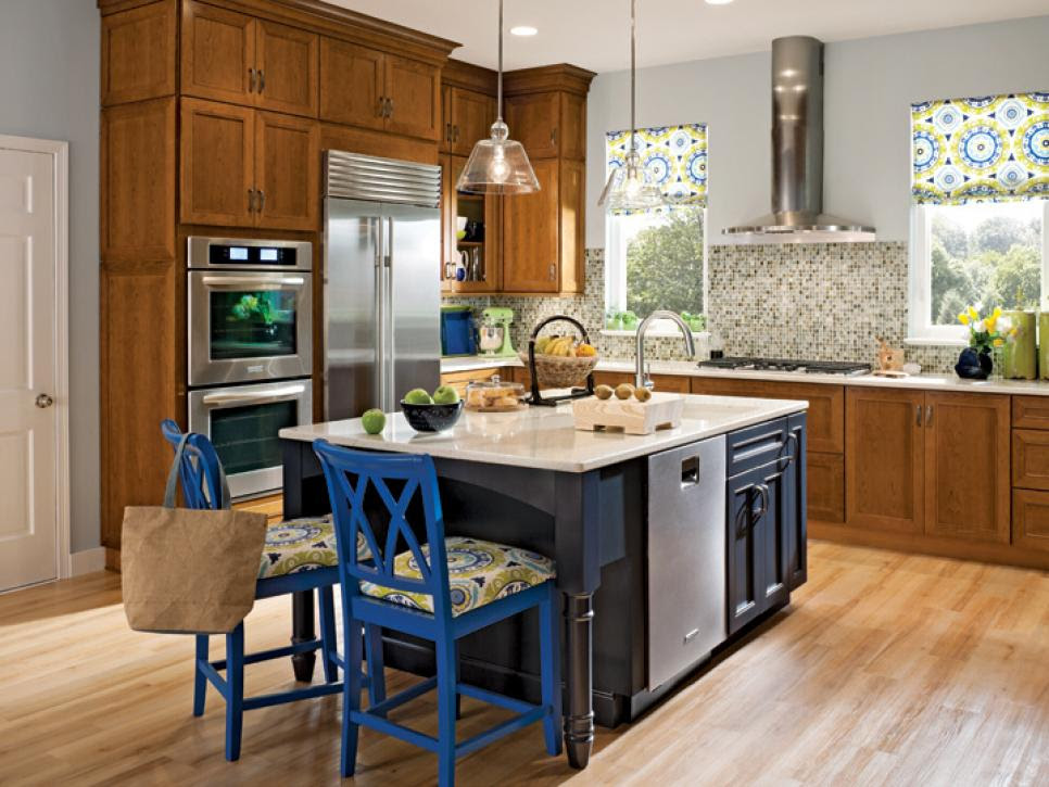 10 Ways to Color Your Kitchen Cabinets | DIY