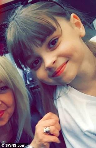 Saffie Rose Roussos, de oito anos de idade, de Preston, foi morta quando um homem-bomba deixou escapar uma bomba de pregos em um concerto pop ontem à noite
