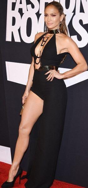 Jennifer Lopez : Fashion Rocks 2014 photo article-2750129-213A3F1500000578-732_306x674.jpg