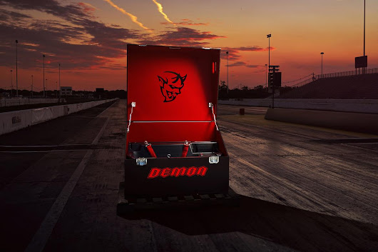 www.cars.com/articles/whats-in-the-box-dodge-demon-ad-teases-devil-inside-1420693304679/
