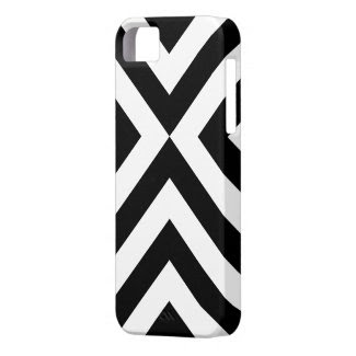 Black and White Chevrons iPhone SE/5/5S Case