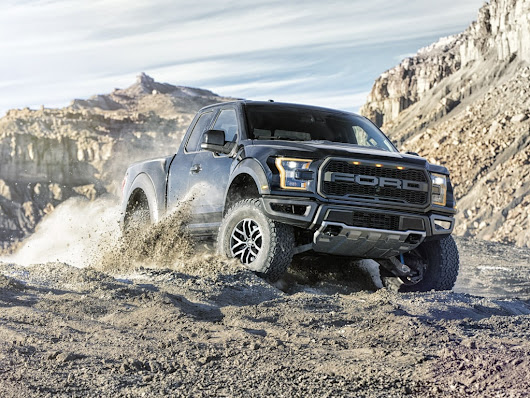 Raptor's Cutting-Edge Terrain Management System Enabled by Cutting-Edge AWD/4WD Transfer Case | Ford Media Center