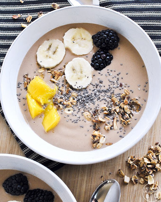 Chunky Monkey Smoothie Bowl - Like Mother, Like Daughter