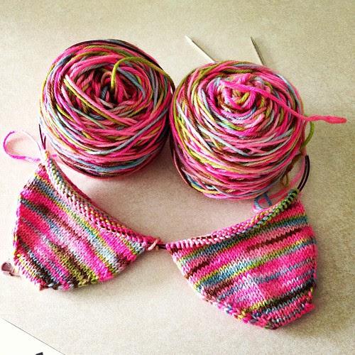 I will never tire of cute little sock cups #knitting #socks