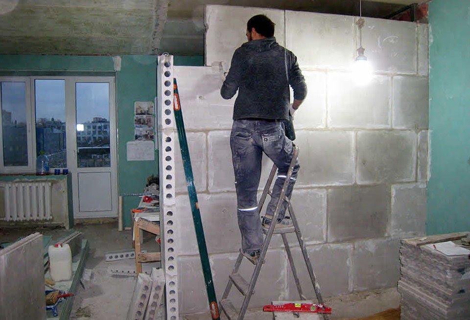 Возведение стен из пазогребневых плит