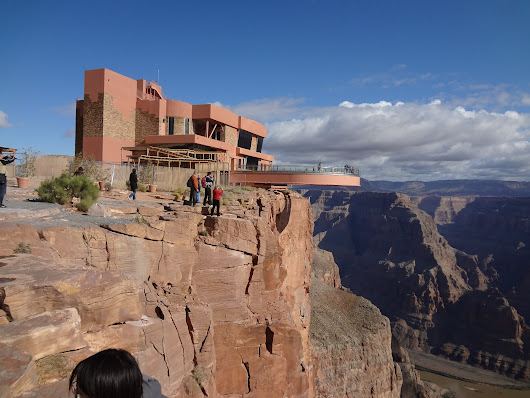 Three Top-Rated Spring Skywalk Tours at the Grand Canyon