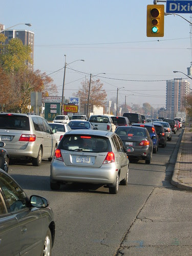 Traffic @ Lakeshore and Dixie Eastbound