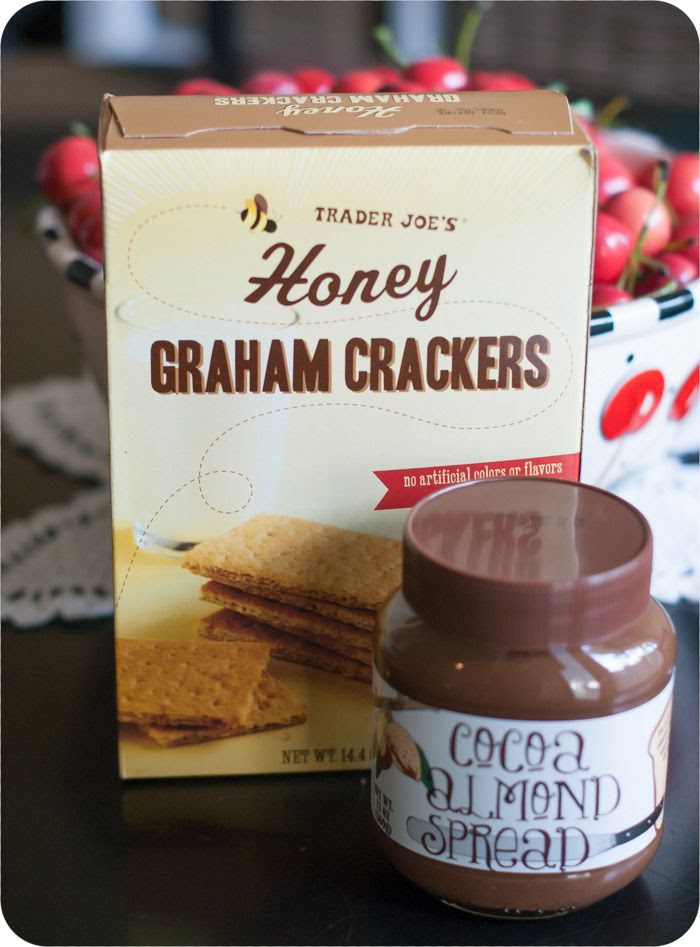 trader joe's honey graham crackers and cocoa almond spread review : weekly trader joe's dessert review series
