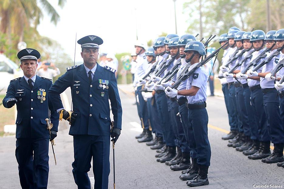 Resultado de imagem para Tenente-Coronel Aviador Bruno César Janhsen