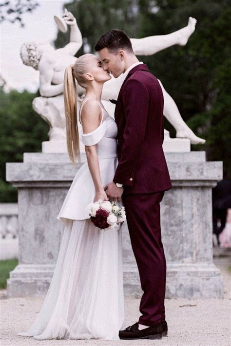 Outstanding Burgundy Themed Wedding Ideas ? WeddCeremony.Com