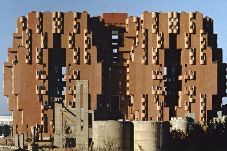 Walden-7, Sant Just Desvern, Barcelona, 1975. Image Courtesy of Ricardo Bofill