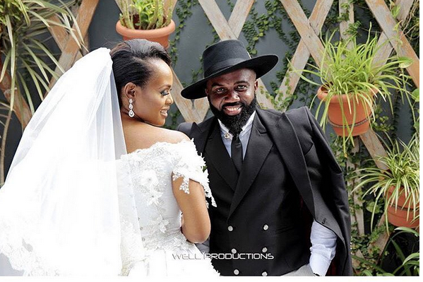 'Wife not cook''-Noble Igwe replies lady who asked if his wife doesn't cook for him