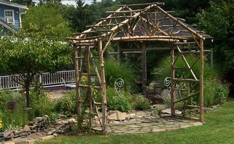 wedding arbor   The Wise Bride's Guide