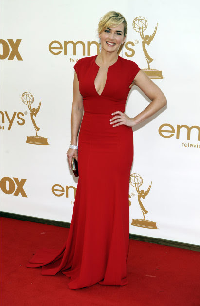 Kate Winslet arrives at the 63rd Primetime Emmy Awards on Sunday, Sept. 18, 2011 in Los Angeles. (AP Photo/Chris Pizzello)