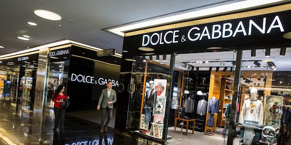 Google News - Dolce   Gabbana cancels China show - Overview c311d88c4af