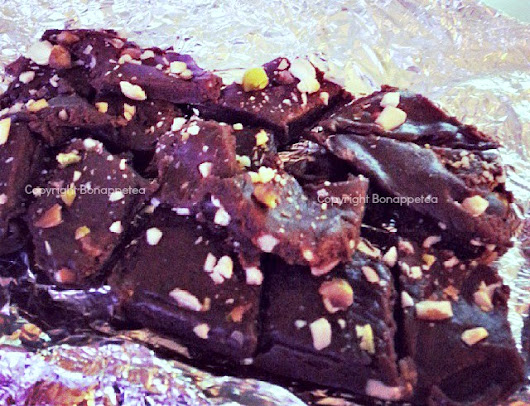 Deepavali/Diwali post - Chocolate fudge with flour/Chocolate burfi